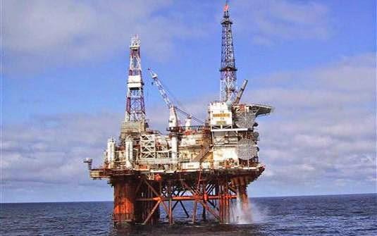 La Mar Salao Petróleo Canarias